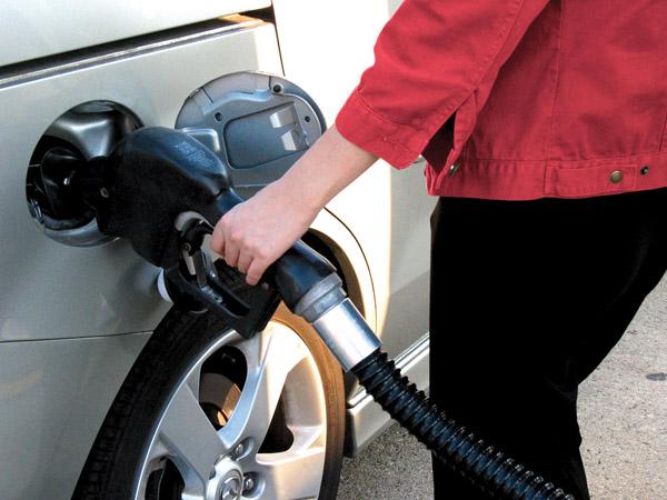 Thiệt hại lớn khi đổ nhầm nhiên liệu, thế giới lốp, lop xe, lốp xe ô tô, giá lốp, gia lop