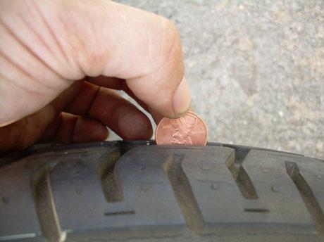 Độ sâu của gai lốp dưới 1,6mm